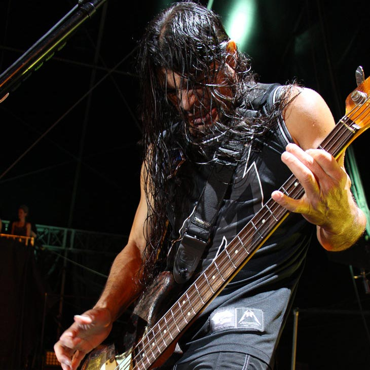 Photo of Robert Trujillo by Jeff Yeager